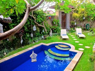 TuYung Villa, tranquility close to the action, Seminyak