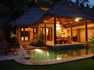 Vice Regal, Exclusive Ultra Luxury 1 BR Villa,Ubud
