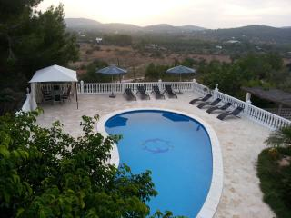 Villa de 4 habitaciones a 3 km de la playa, Sant Joan de Labritja