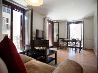Paralel 1 Apartment. Close to Ramblas and Metro, Barcelona