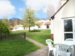 Bungalow - Tamar Valley, Cornwall/Devon border - 3 bedrooms, open plan living
