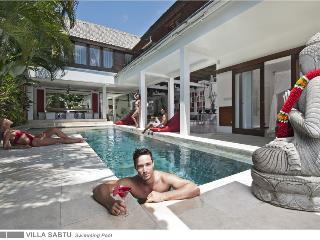 Modern 5 bedroom, Seminyak, Villa Sabtu