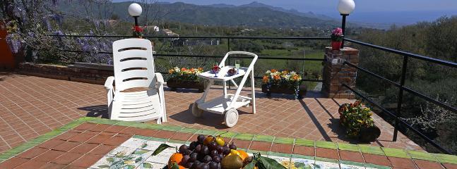 PALMENTO HOUSE - Traditional Wine Mill, Piedimonte Etneo