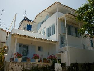 Nataschas Haus, Ciudad de Skiathos