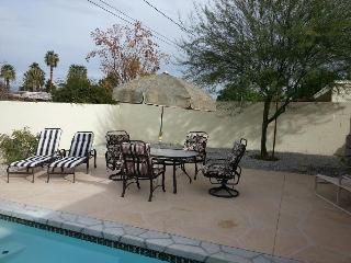 Newly Remodeled 4 bedroom Pool/Spa Home, Palm Desert