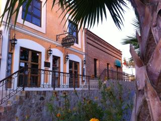 Best Downtown Location - Wow!! APMT (B), San Jose del Cabo