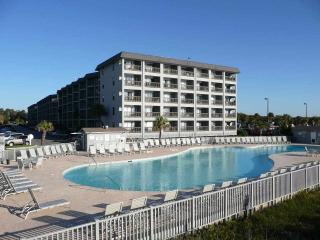 Oceanfront Resort - Perfect Family Condo!