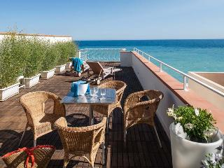 Apartment Tosca holiday vacation apartment rental italy, sicily, taormina, sea views, near seaside beach, short term long term apartment, Letojanni