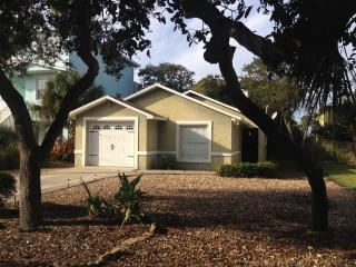 Sandy Trails Beach Cottage, Ormond Beach