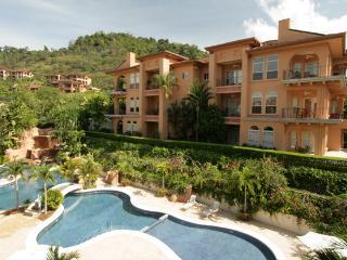 Hemingway Penthouse tres dormitorio en Suite, Playa Conchal
