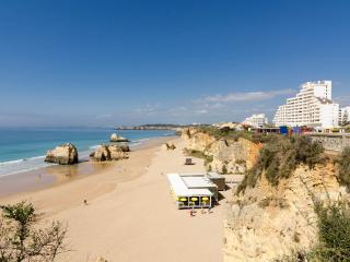 Self Catering Holiday Apartment in Praia da Rocha