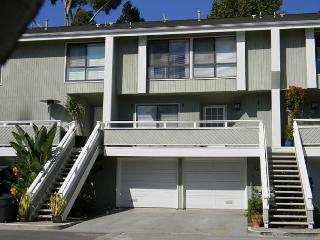 Beautiful Condominium with Pool, Tennis Court! Monthly Rental Only! (68308), Newport Beach