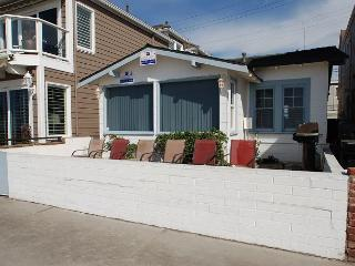 Oceanfront Home - Walking Distance of Newport Pier, Dining, and Shops