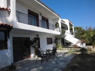 Greece Rafina Country & Sea VILLA - Sleeps 16 + 4