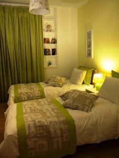 Rafina Villa / Flat 1 Sleeps 8