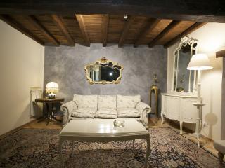 CR2310Rome - Charming apartment Campo dei Fiori Roma