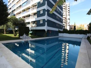 Ultra modern all electric centrally located homey., Fuengirola