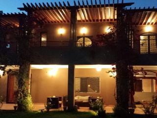 Villa Taricht by HollyStay, Marrakech