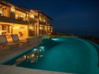 Villa del Oceano, Santa Bárbara