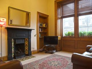 Cosy charming city flat, close to everything, Edimburgo