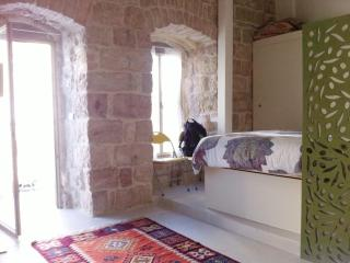 Beautiful apartment 1 min from old city/Mamila, Jerusalén