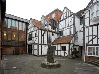 17th century courtyard on your doorstep