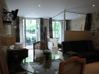Petit Chatelet 1-In the center of Paris-bright apt, París