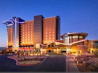 DR - 4 BDRM Mesa-Scottsdale Home & Pool  ❤️  Last Minute Deals
