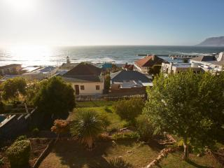 The Firmount Historic Seaside Villa, Kalk Bay