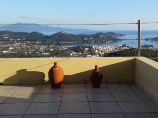 Amazing view serenity villa , private apartments, Ciudad de Skiathos