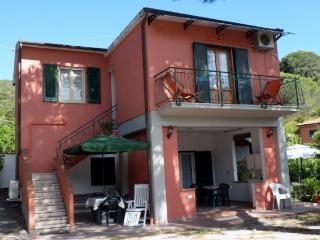 Appartamento vacanze isola d'Elba a 100 m dal mare, Portoferraio