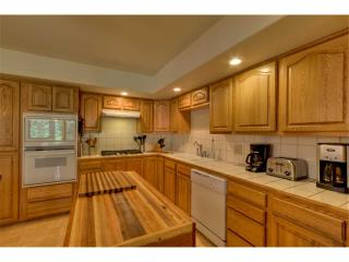 Colliwood Lodge ~ RA1191, South Lake Tahoe