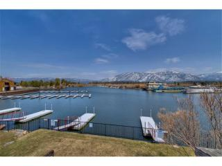 Cozy Tahoe Keys Condo with Private Boat Dock and use of Tahoe Keys Amenities, South Lake Tahoe