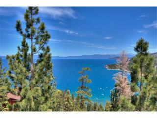 Handsome Zephyr Heights Home with Roof Top Deck Looking Over Lake Tahoe (ZH02), Zephyr Cove