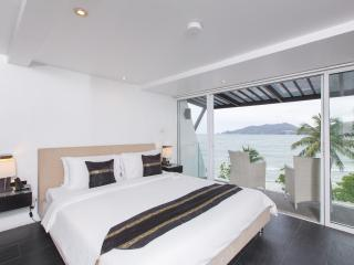 1 bedroom apartment, sea view  for 2, Patong