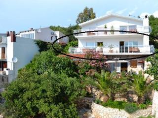 Apartment on the beach 4 +5, Hvar