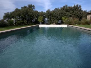 room Perle, Les Terrasses - Gordes, BnB, WiFi, heated pool, a.c.