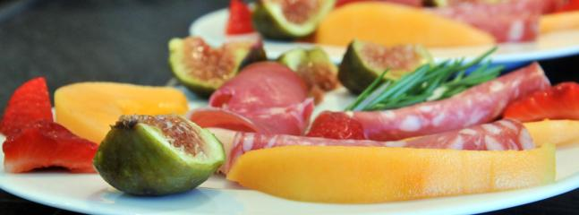Les Terrasses - Gordes : dinner in Table d'Hotes : appetizer