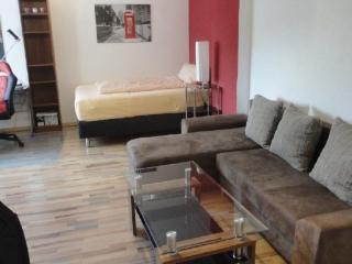 Vacation Apartment in Neu-Isenburg - central, cozy, quiet (# 5538)