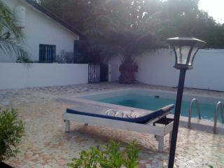 Jallow Villa - Private villa, sleeps 4, Brufut