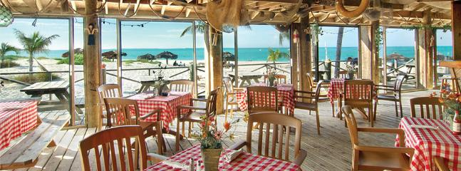 Coco Bar with beach view