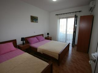 Apartments StellaMaris.Me Triple Room, Donji Stoj