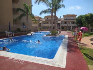 Holiday apartment with shared pool in Alcazares, Los Alcazares