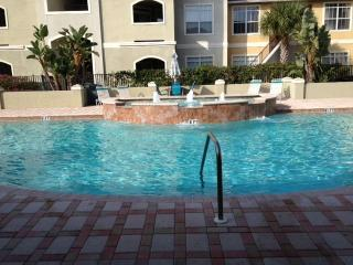 LUXURIOUS CONDO SUMMER DEAL$400/WEEK, Clearwater
