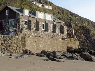 Beachcombers, Millbrook