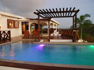 Modern villa with spectacular views over the Carib