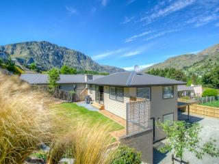 Redfern - Family Ski Sanctuary, Queenstown