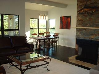 Second floor  New 3 Bedroom with Sweeping Mountain Views, Tucson