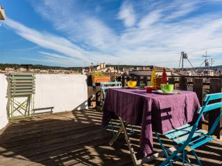 Romantic apartment with terrace on the roof, Aix-en-Provence