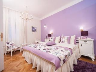 Gala Lavender, Zagreb